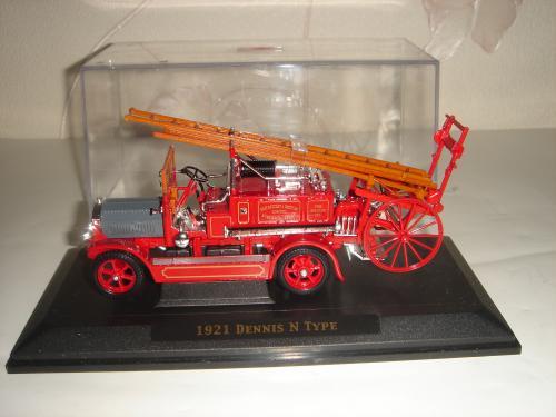 Коллекционная модель. Пожарная машина 1921 Dennis N-Type. 1/43. Signature.