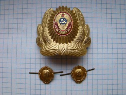 Кокарда и петличные эмблемы МВД СССР