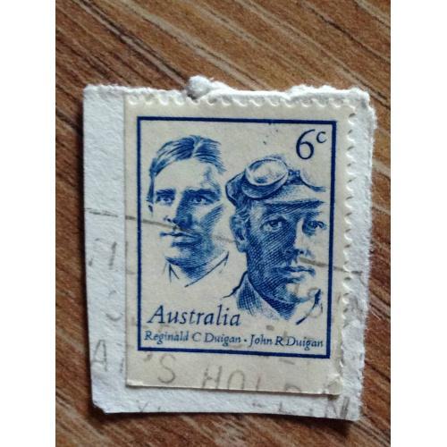 Марка. Австралия. На бумаге. Reginald C Duigan and John R Duigan.
