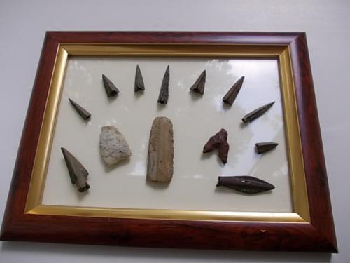 подборка наконечников стрел.  бронза и камень скифы