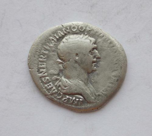 Денарій Траян, персоніфікація Генія (GENIVS). Срібло.