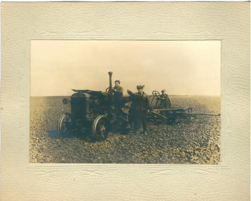 Фото Трактор Сельское хозяйство Колхоз Коллективизация Типы
