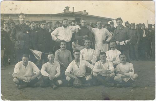 Футбол 1 Команда футболистов бельгийцев Война Фото открытка 1918 Спорт Мяч Винтаж Sport Football
