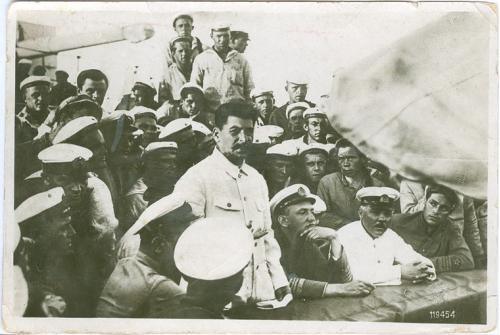 Сталин и Ворошилов среди моряков Изд. Союз фото 1932 год Пропаганда СССР