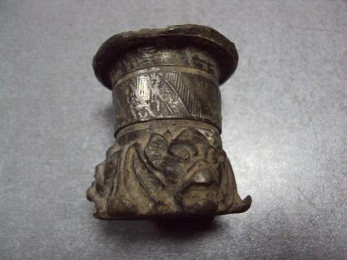 Археология часть подсвечник подставка мифические головы (возможно иудаика) шпиатр №10294
