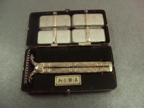 бритва в коробочке MIWA винтаж M.I.W.A. с лезвиями №383