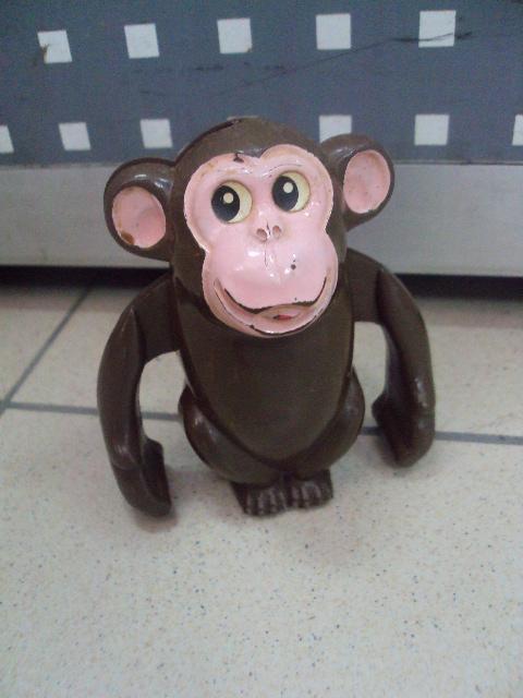Детская игрушка винтаж ссср обезьяна обезьянка механическвя 10 см пластик №3315