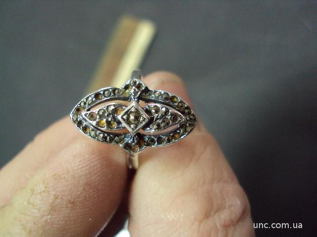 кольцо женское 3.11г серебро 925я 17р