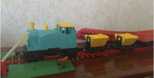 Железная дорога Электромеханическая игрушка СССР поезд вагон шлагбаум