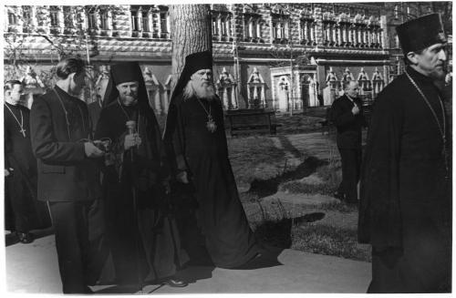 ФОТО. 1958 г. Митрополиты, Священники, Троице-Сергиева Лавра, МДА,  епископ Михаил (Воскресенский).