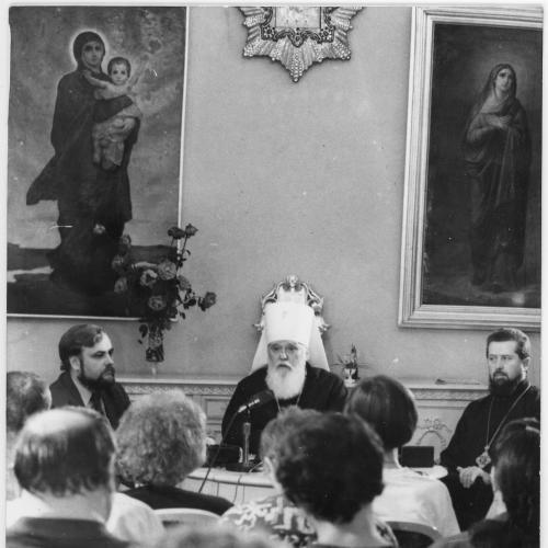 ФОТО. 1995 г. Пресс-конференция. Патриарх УПЦ КП Филарет (Денисенко)