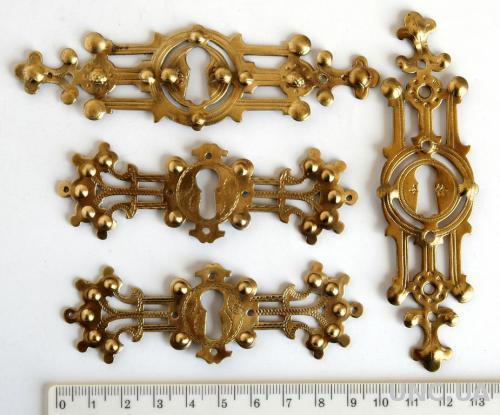 Мебельная фурнитура fr04 латунь/бронза Германия