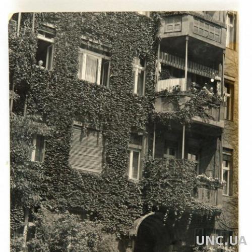 Старое фото Авто под домом 1930-е Германия