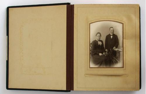 Старое фото Семья на пленэре 1930-е Германия