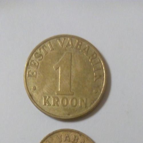 Монеты Эстонии: 1 крона 2000 г., 20 сентов 1996 г., 20 сентов 1999 г., 10 сентов 2002 г.