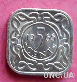 "Суринам 5 центов 1966 год. С отметкой ""рыба""."
