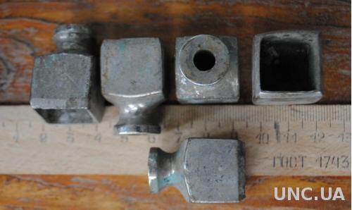 Антикварні бронзові нікельов фрагменти стойки ноги