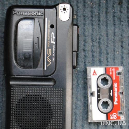 Диктофон робочий + кассета Панасонік PANASONIK