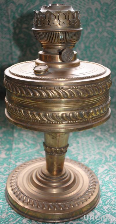 Лампа гасова антикварна Керосиновая латунная лампа