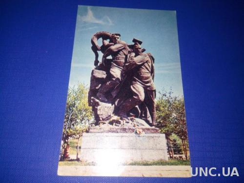 Памятник ГЕРОЯМ СТАЛИНГРАДСКОЙ БИТВЫ №11