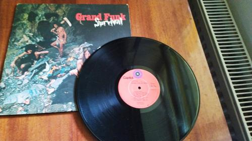 LP Grand Funk Railroad ‎ All The Girls In The World Beware !!!