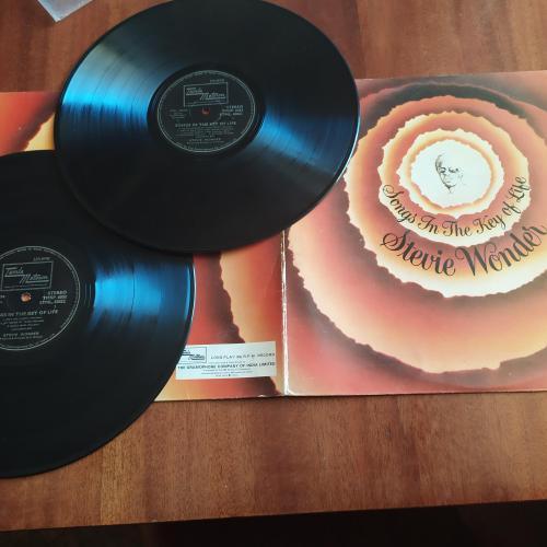 LP STEVIE WONDER - SONGS IN THE KEY OF LIFE индия