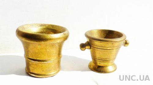 - 2 шт.  Коллекционные миниатюры -  ступки (или ведро для шапмусика)  -   1,8 - 2 см