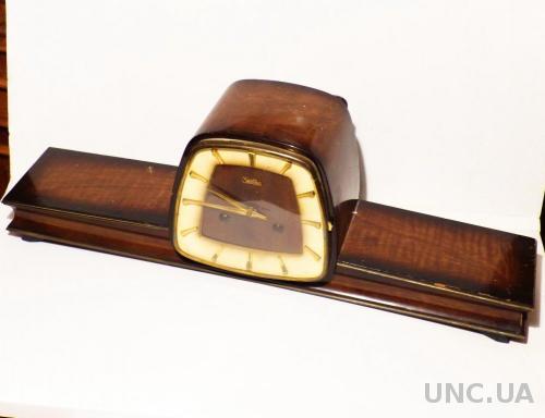 Буфетные каминные  часы  ZentRa -  Германия - 58 см