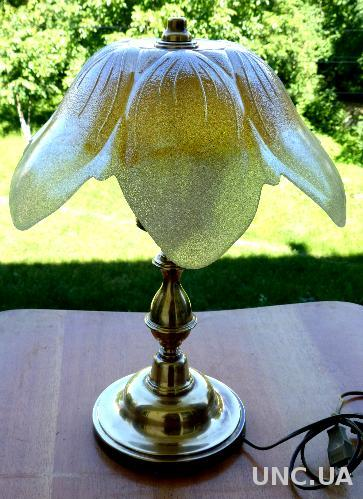 Лампа настольная -  Германия - латунь, стекло - винтаж
