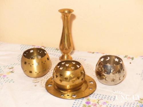 Латунь - бронза. Германия. Подсвечники 8 см диаметр. -- ваза 14.5 см --  тарелка.12.7 см