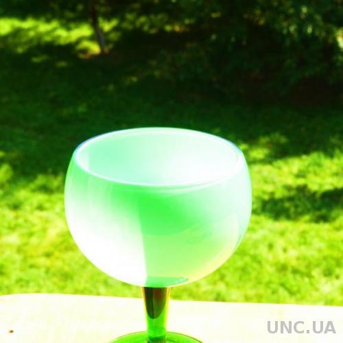 ВАЗА - бокал - двухслойное стекло   - италия - 18 см -