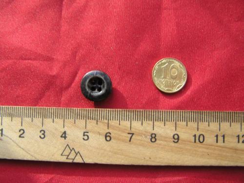Пуговицы металл завальцованная,  1 штука. Раритет из СССР