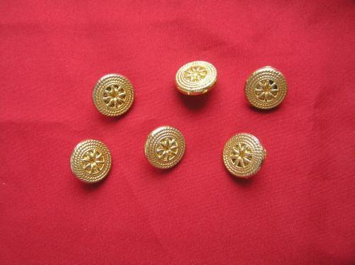"""Пуговицы """"золотые"""" с орнаментом на ножке, 6 штук, Д = 15 мм"""