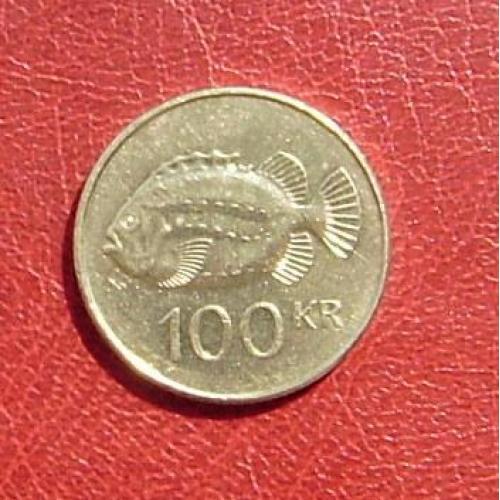 Исландия 100 крон 2001