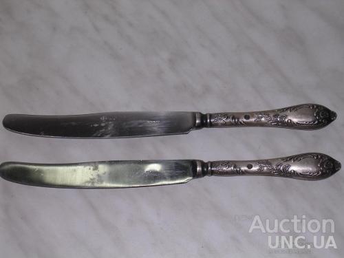 2 ножа столовых посеребренных.одинаковые