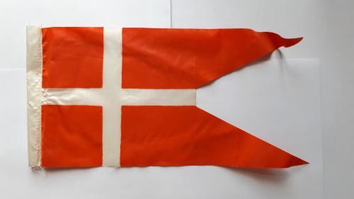 Вымпел. Флаг Дании. 240 х 115 мм.
