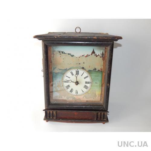 Часы старинные на деревянных платах  1561