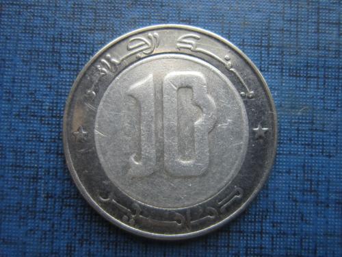 Монета 10 динаров Алжир 2013 фауна птица орёл