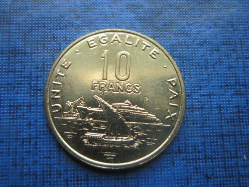 Монета 10 франков Джибути 2016 корабль состояние