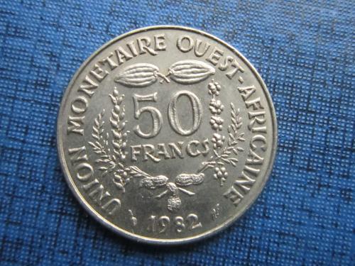 Монета 50 франков КФА 1982 Западная Африка фауна рыба