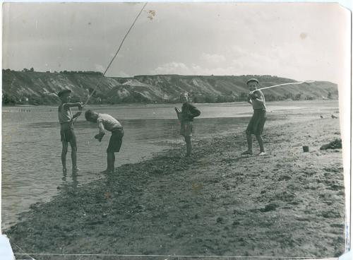 Фото художественное Рыбалка Река Дети Мальчик СССР Украина Art Photo Fishing Children USSR Ukraine