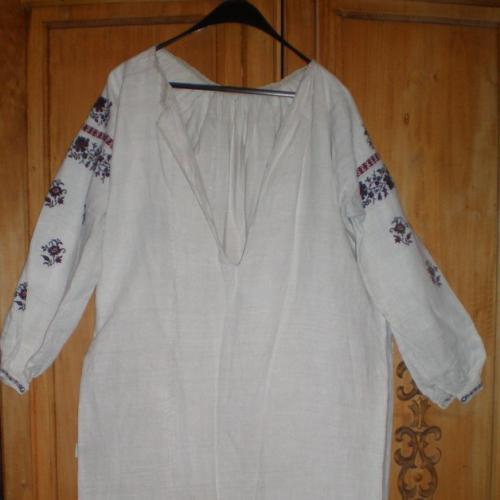 Старовинна полотняна жіноча сорочка