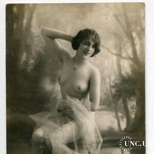 Фото. Ню. Эротика. Прелестная грудь.