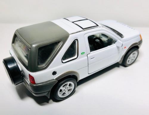 Land Rover 2001 Freelander 1: 43