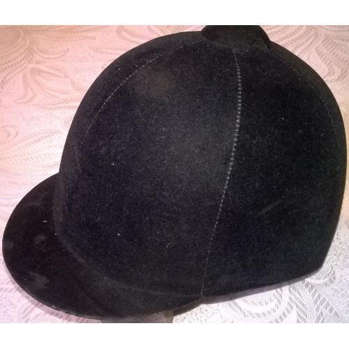 пробковый шлем для верховой езды, Англия
