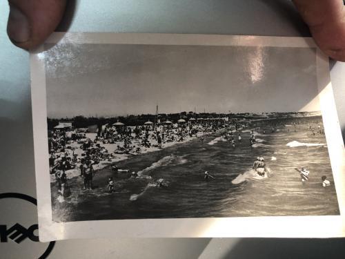 Открытка с фотографией пляжа Одессы 58-го года