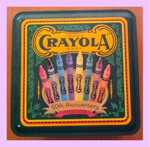 Оригинальный набор карандашей «Crayola» (США) в жестяной коробке.