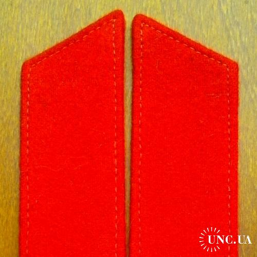 Униформистам – петлицы на форму (шинель).