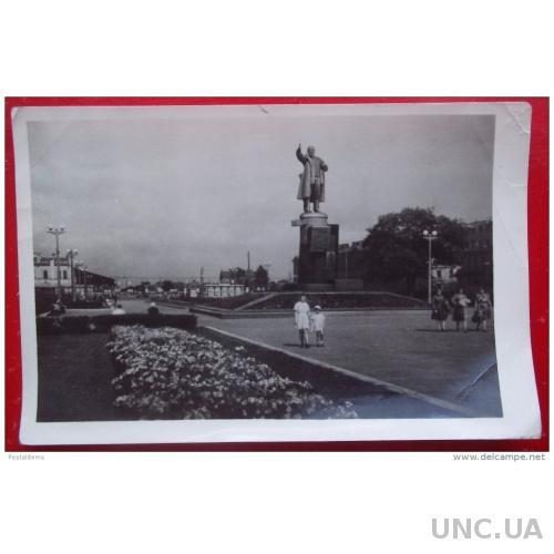 4864 Ленинград. Памятник Ленину