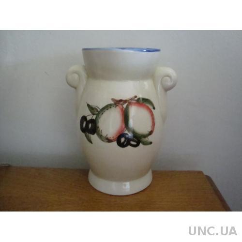Оригинальная старинная ваза . Керамика .№ 600А .